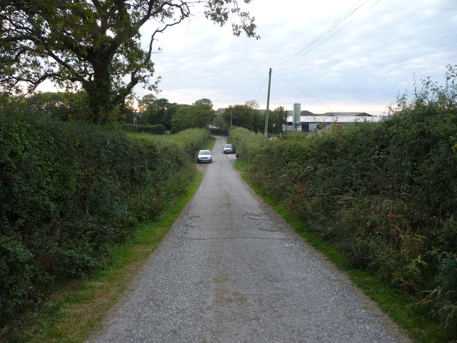 Lane approaching Penlanymor farm and caravan park