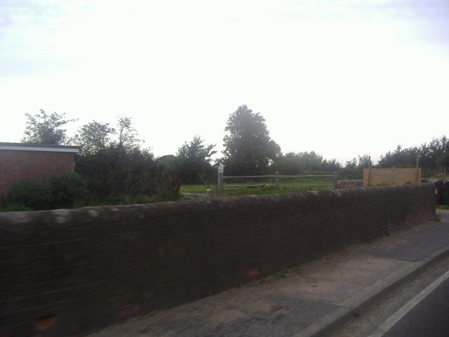 Wall by house, Selsey Road Sidlesham