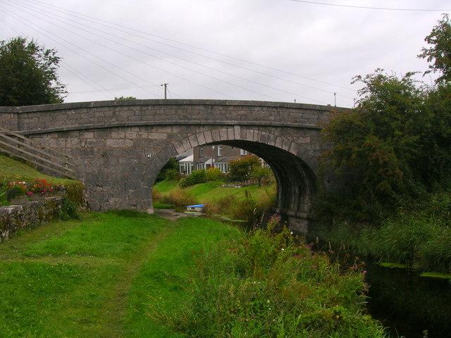Lancaster Canal: Bridge 148