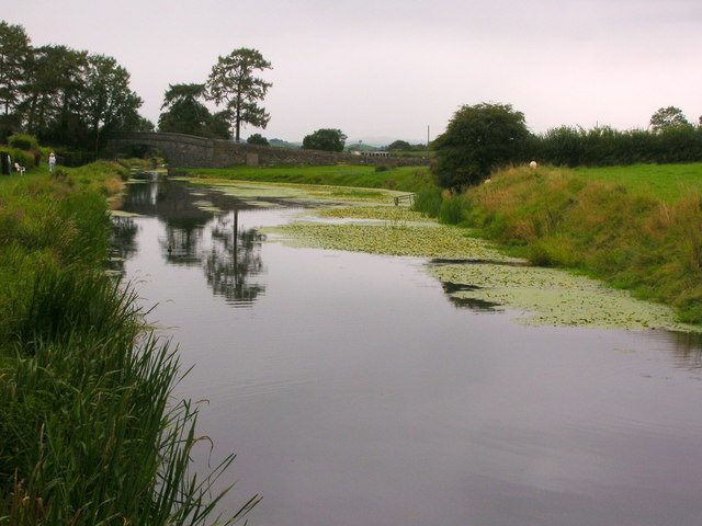 Lancaster Canal north of Holme