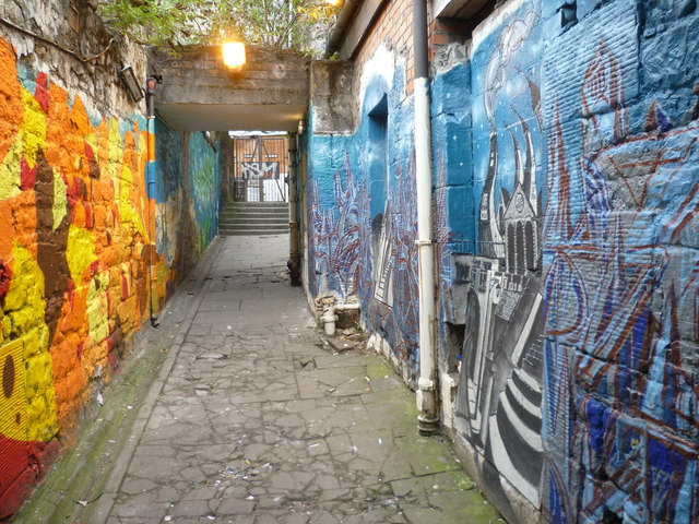 Festival makeover in the Cowgate