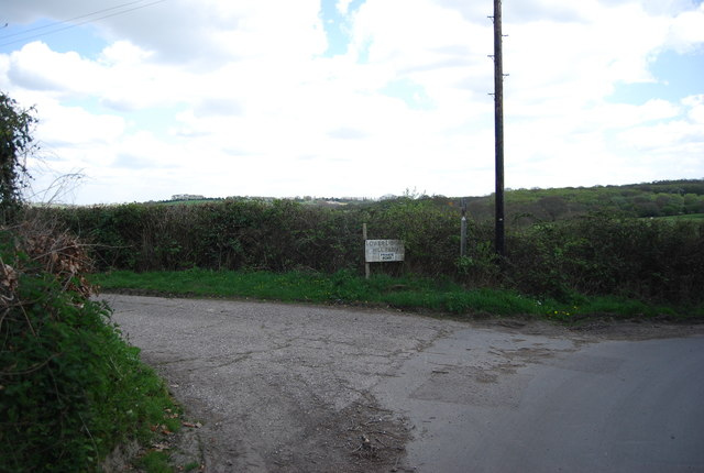Entrance to Lower Lidham Hill Farm, North Lane