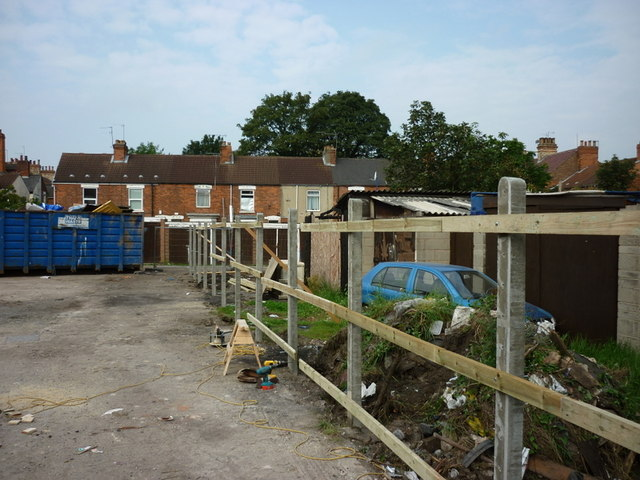 A new fence at the rear of Alexandra House #1