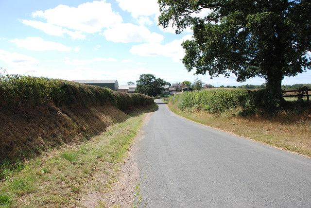 Downhill towards Beffcote Farm