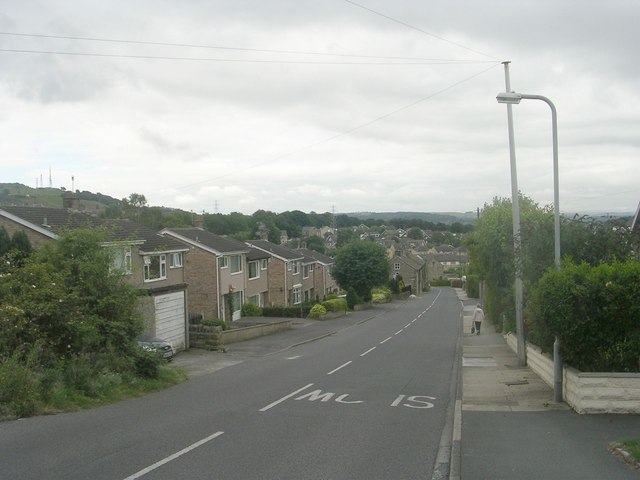Windhill Old Road - from Thackley Road