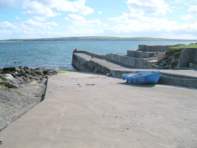 Dwarwick pier and slipway