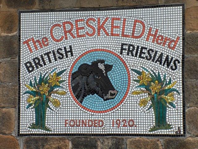 Mosaic sign near the entrance to Creskeld Home Farm, Creskeld Lane