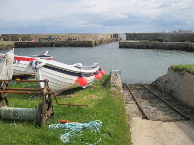 Sandside Harbour and slipway