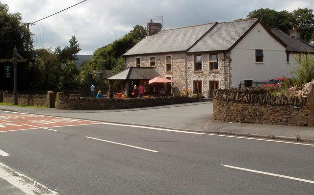 Pen-y-cae Inn, Penycae