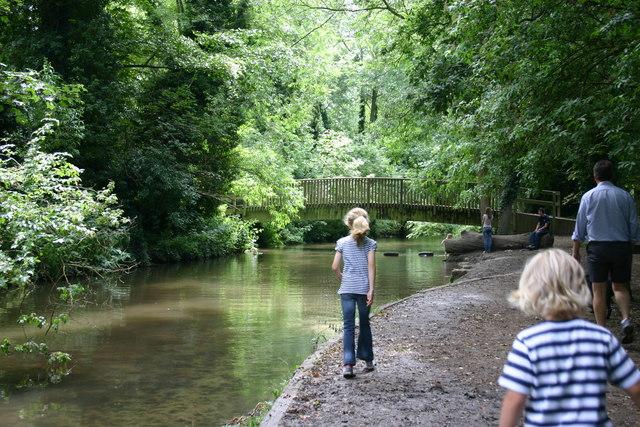Towards the bridge at Lullingstone Park