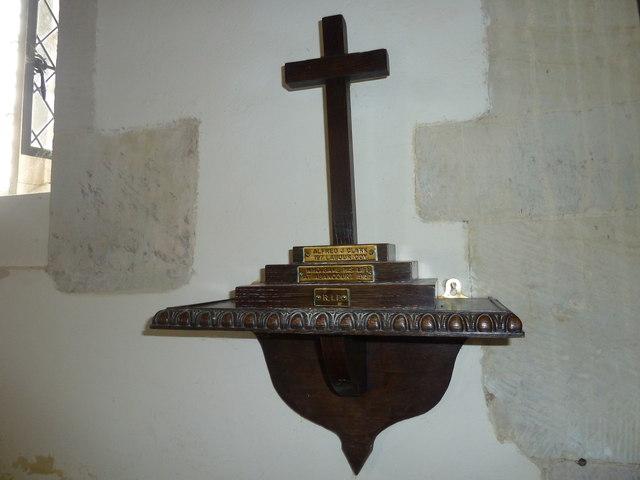Up Nately- St Stephen's: memorial cross