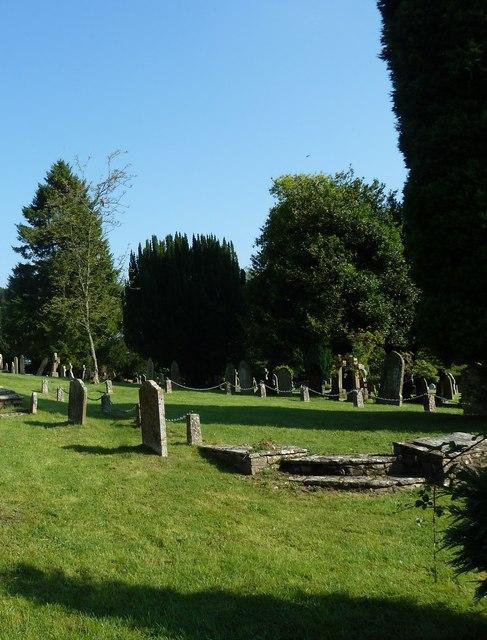 St. Mary, Bentley: churchyard (2)