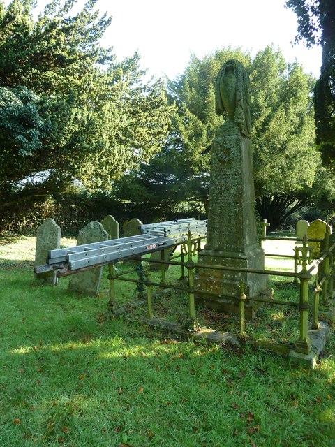 St. Mary, Bentley: churchyard (4)