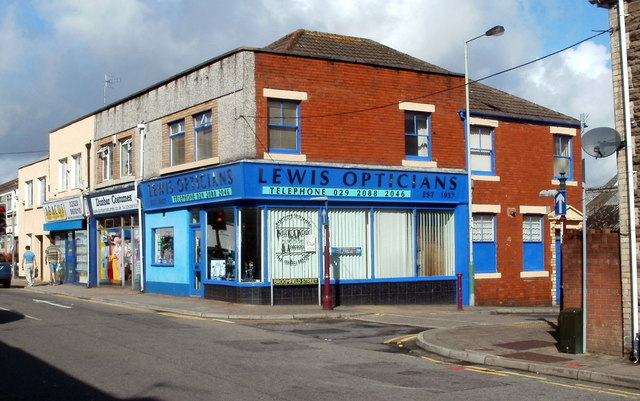 Lewis Opticians, Caerphilly