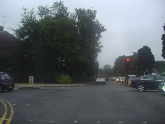 Junction at Pinner Green