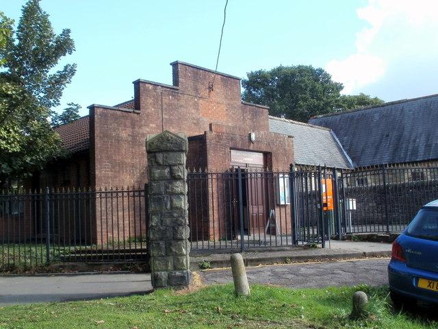 Neuadd y Parc Hall, Caerphilly
