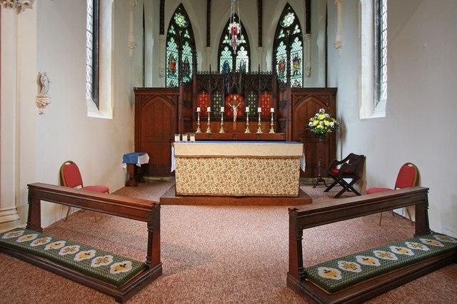 St Mark, Lakenham - Sanctuary