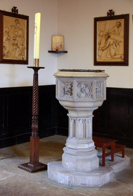 St Mark, Lakenham - Font