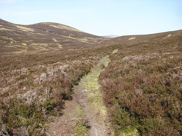 Path from Atholl to Strathardle