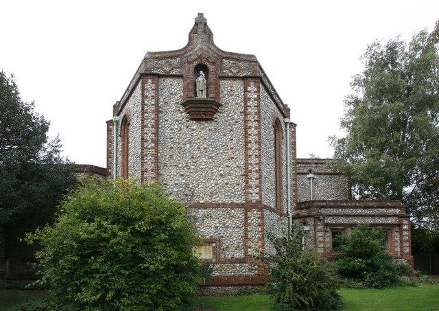 St Alban, Lakenham - Apse