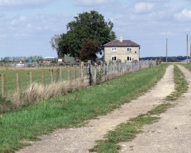 Track to Vine Farm