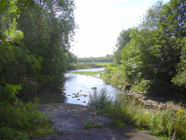 Confluence of Dearden Brook and the River Irwell at Stubbins