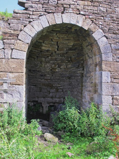 Fell End lime kiln - rightmost arch