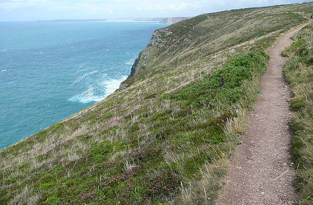 Coastal path east of St Agnes Head