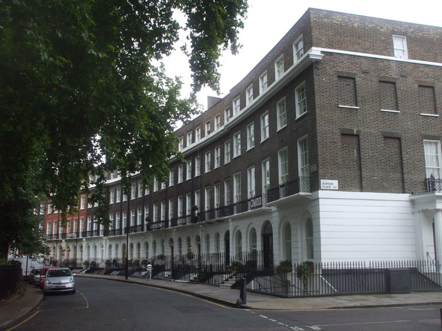 Cartwright Gdns, London, looking south-east