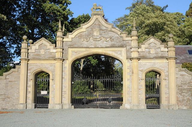 Gates to Leighton Hall