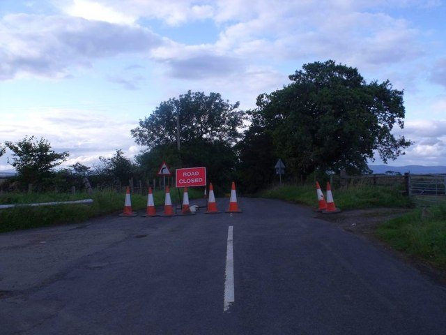 Easter Jawcraig, road closed
