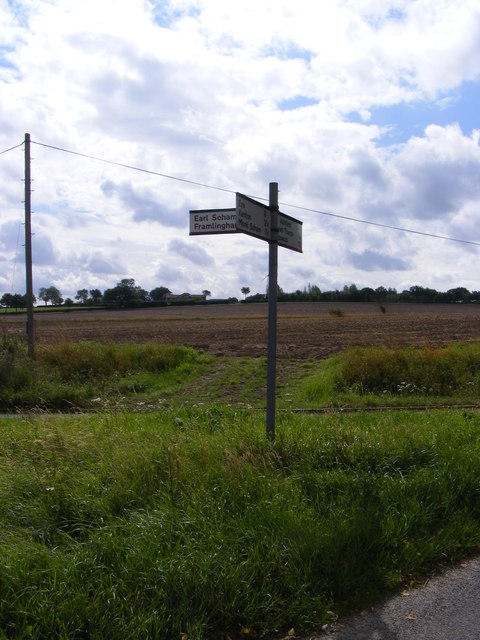 Roadsign at Clowes Corner