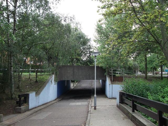 Cyclepath under Crossway