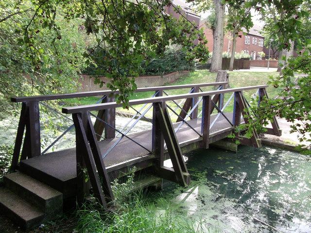 Footbridge on Green Chain Walk