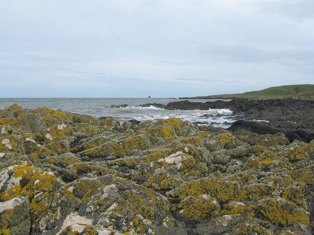 Rocky coast near Castle Ban