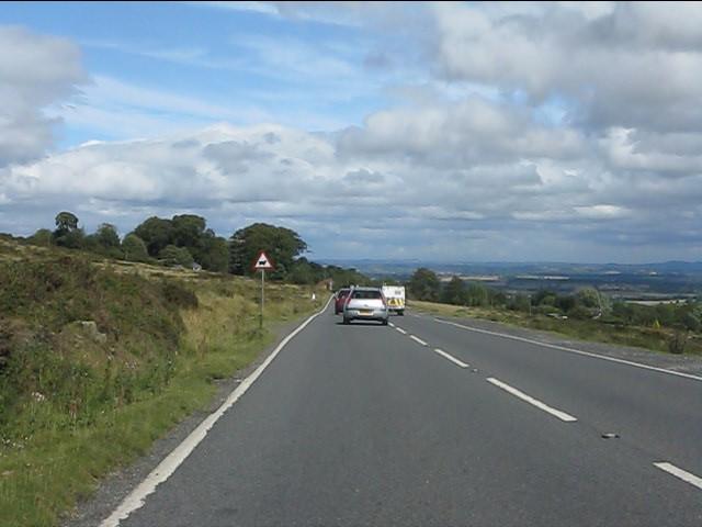 A4117 descending towards Doddington