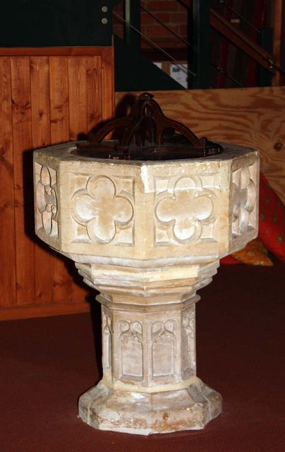 St Cuthbert, Sprowston, Norwich - Font