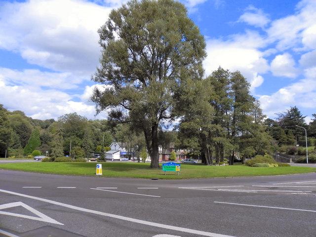 Bramhall Green Roundabout