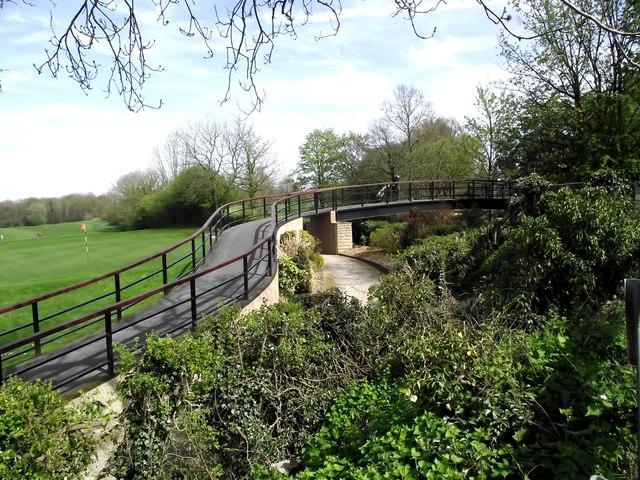 Golfers' bridge