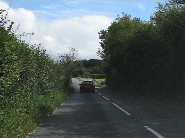 B4202 approaching a rural crossroads