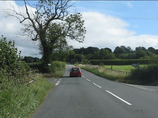 Rural crossroads, B4202