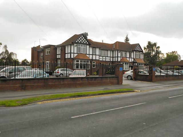 Bramhall Park Golf Club, Manor Road, Cheadle Hulme