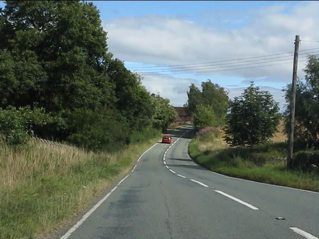 B4202 approaching Hollin Farms