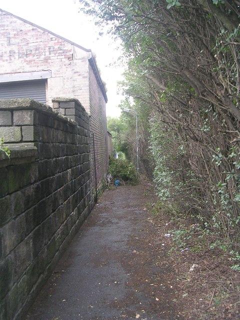 Footpath - Huddersfield Road