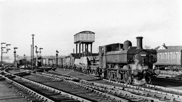 Shunting at Stourbridge Junction, with a GW '7400' 0-6-0PT