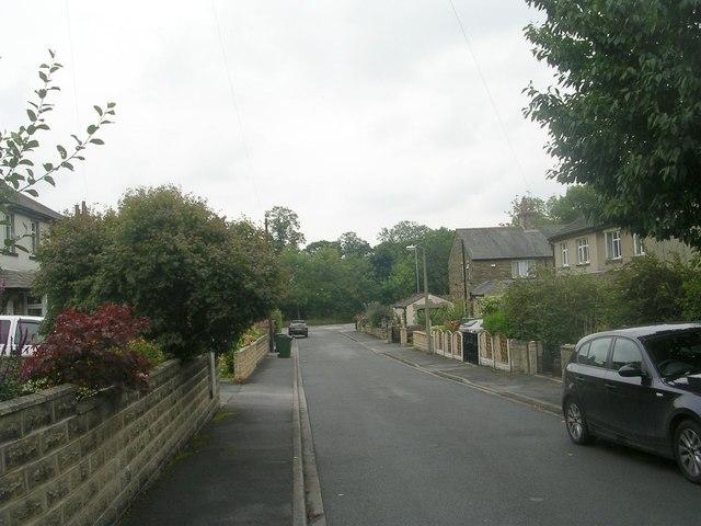 St Marks Avenue - looking towards Woodside Road