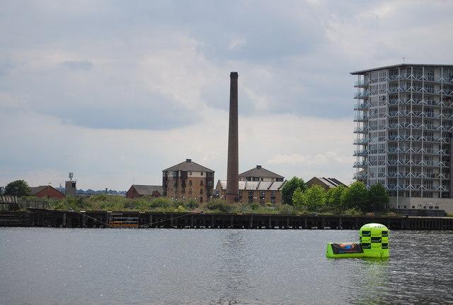Old Chimney, Royal Victoria Dock
