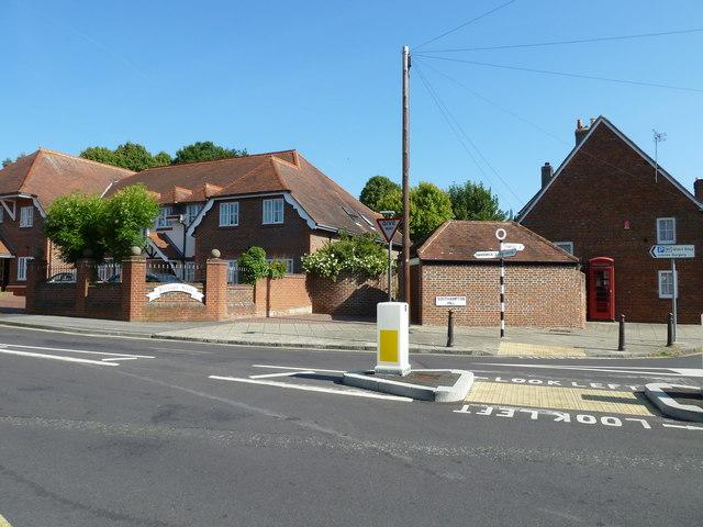 Telephone box in Southampton Hill