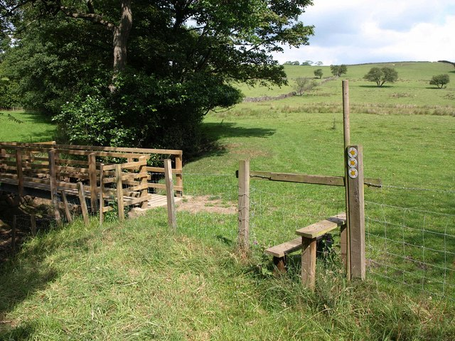 Stile and bridge, Timble Gill Beck