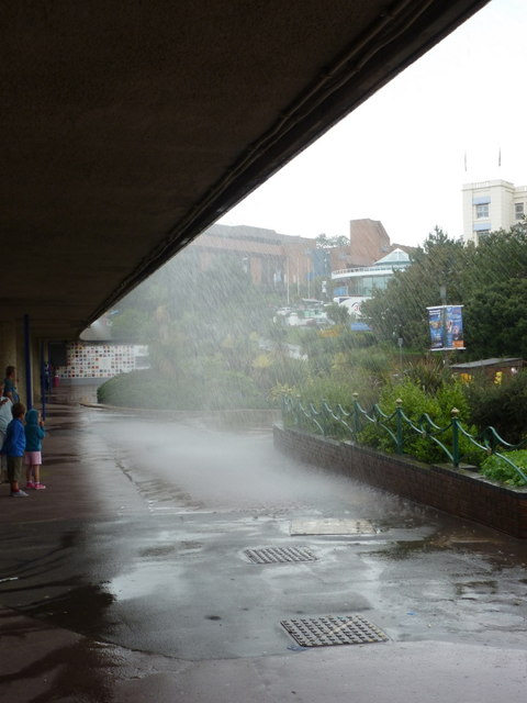 Bournemouth: unscheduled waterfall at the Pier Approach